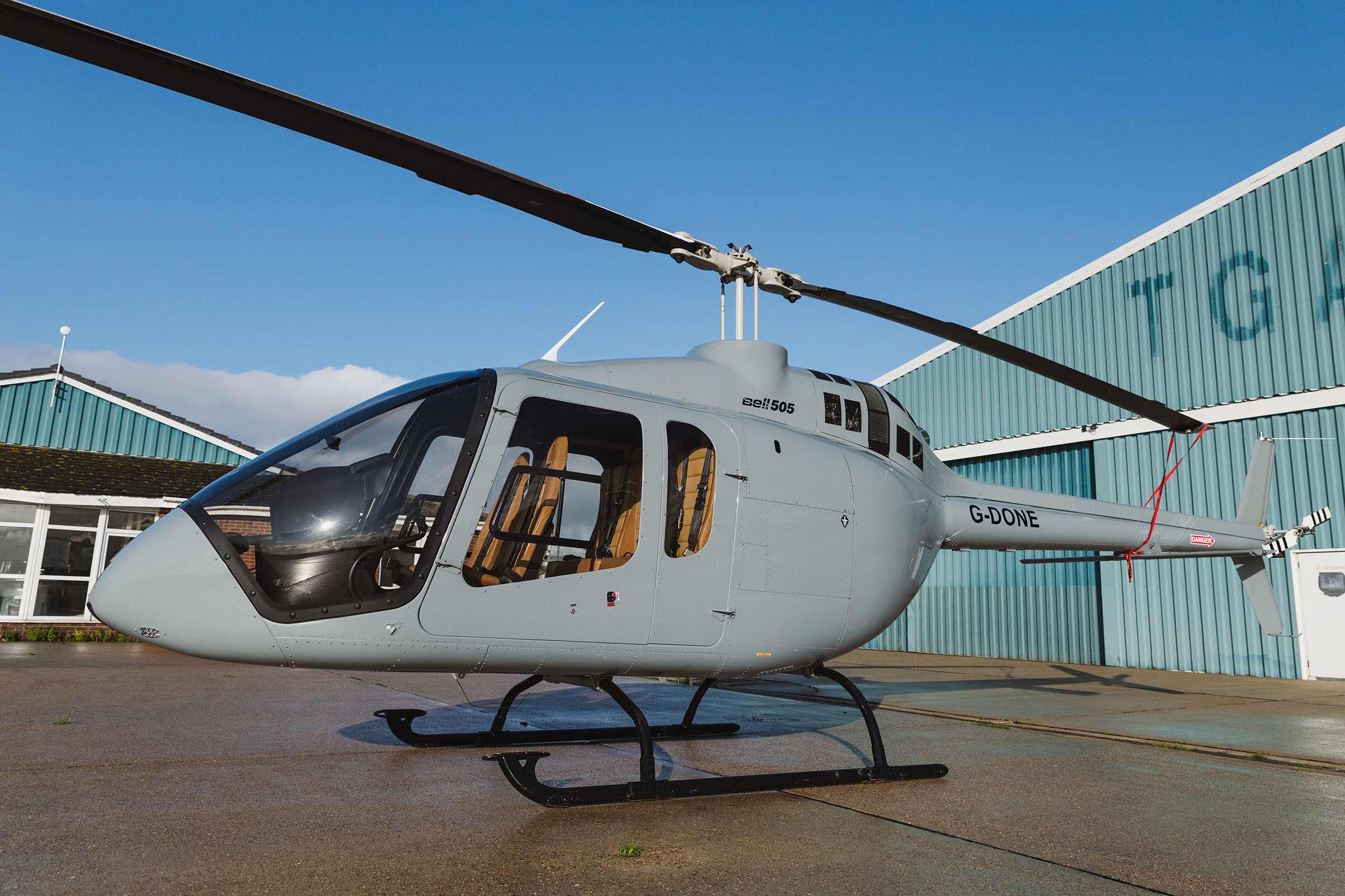 UK CAA approves HeliSAS autopilot for Bell 505